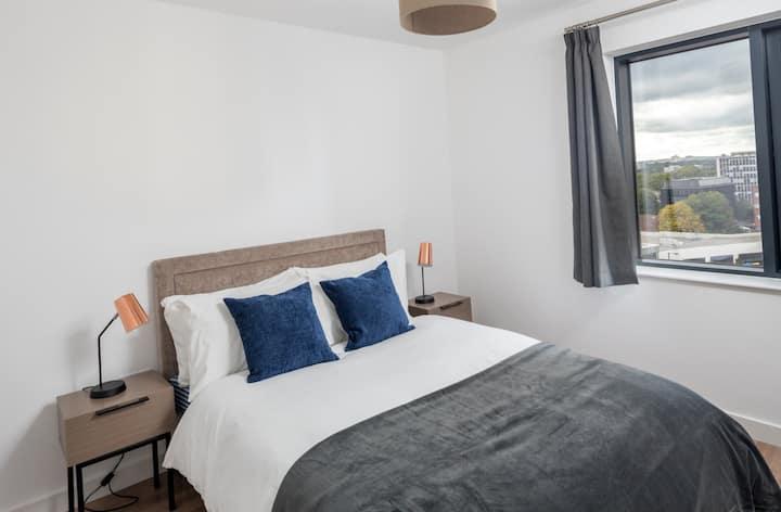 Elegant 2bed 2bath flat in central Birmingham