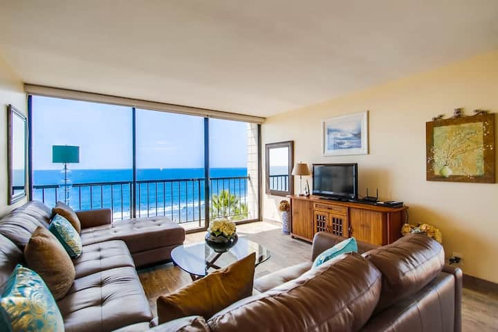 The Jewel - Remodeled OCEANFRONT corner suite!