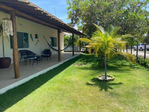 Casa a 1 km do paraíso Mangue Seco - Bahia
