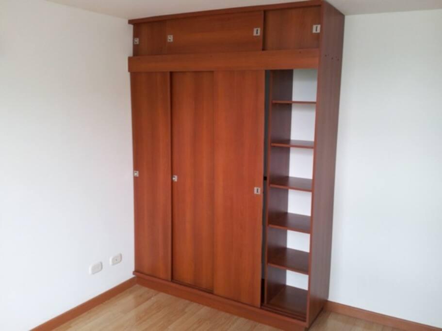 Clotet habitación principal
