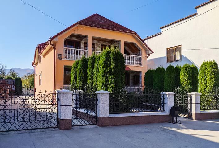 Апартаменты Посуточно в Вышково