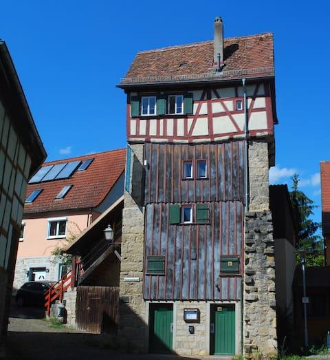 Historiallinen linna torni