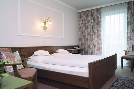 Attergau Rooms 3