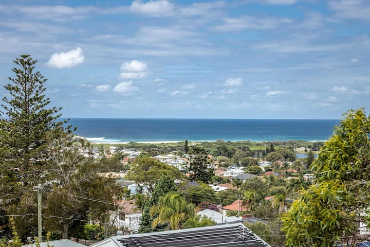 Luxe 4-Bed Home with Sprawling Deck and Ocean Views