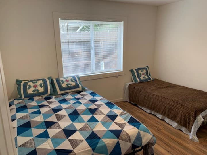 COZY RM, 2 BEDS,SLEEP 3,NR WCREEKS,SF,MARTNEZ,NAPA