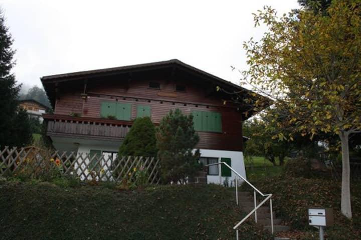 Chalet Schwalbe OG, 3.5 Zimmer, 5 Betten