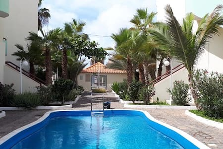 Turtle Bay 2-bedroom apartment, pool,  terrace, 29