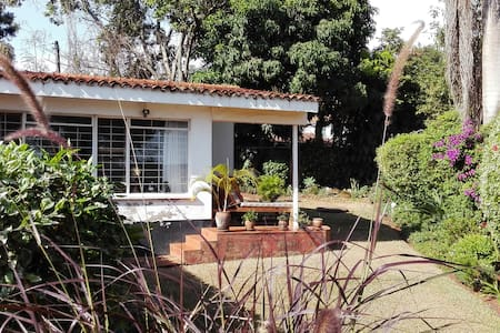 Peaceful home from home in Kansanga - Kampala