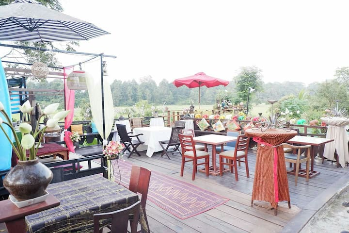 Private Village Homestay- Free Pick Up,B'fast,Wifi