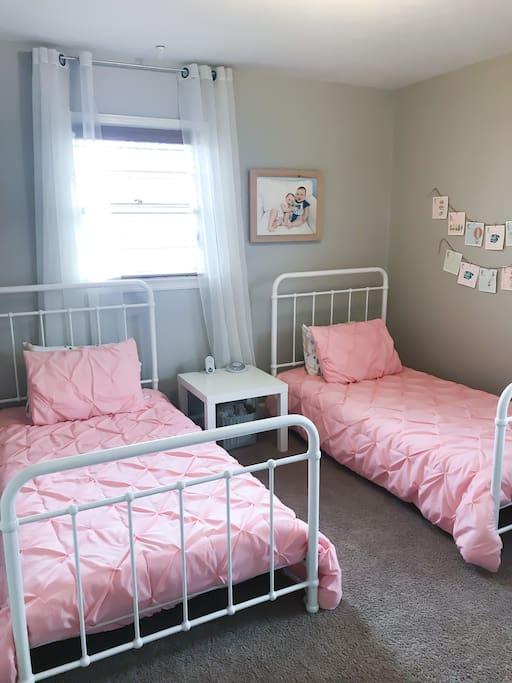 Main Floor Bedroom 2 (Two Twin Beds)