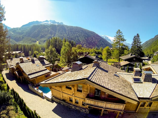Hamlet of 4 luxury chalets : 10 to 50 people - Chamonix-Mont-Blanc - Chalet