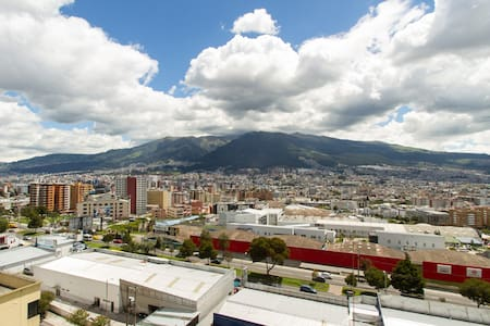 Luxury and Convenience with View - Quito