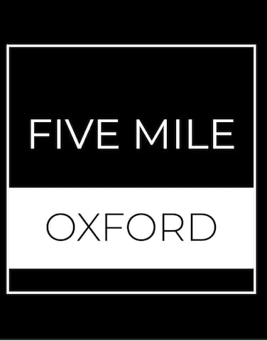 Five Mile Oxford Twin Room