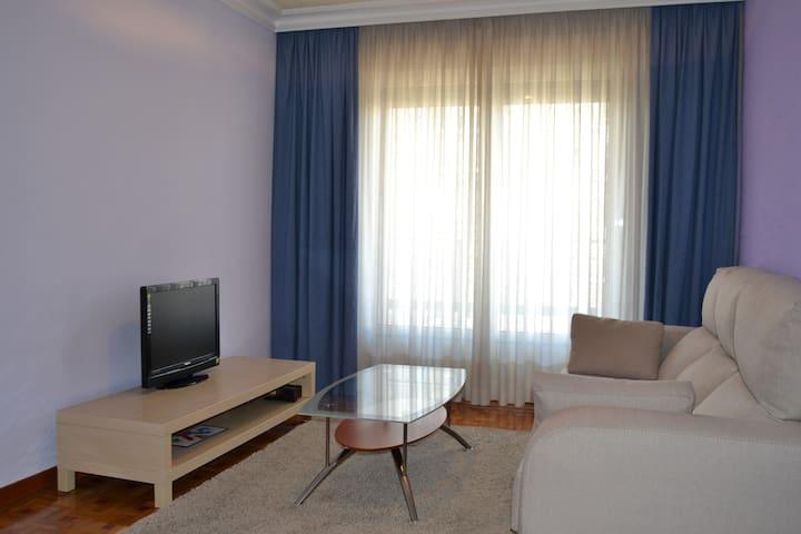 Apartamento Turístico (3 dormitorios) - Pamplona - Daire