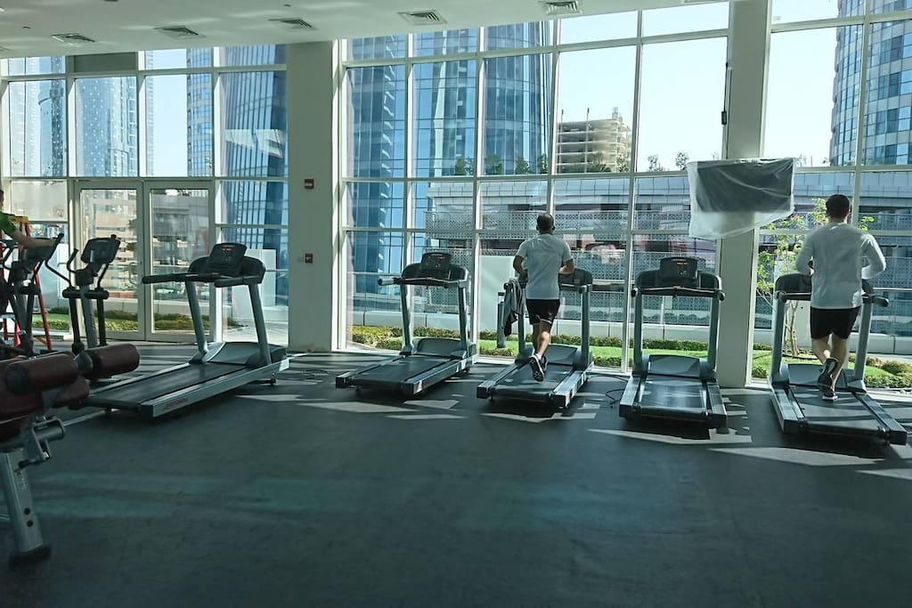Gym working hours from 6 am to 11 pm