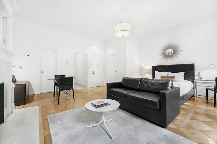 Upper West Side Studio near Central Park/Riverside Park