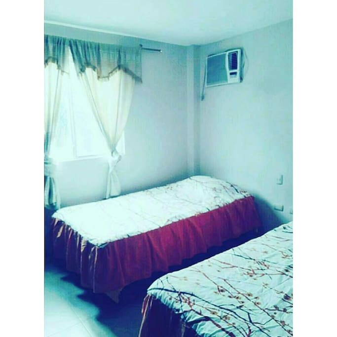 Dormitorio 3 : con 2 camas individuales