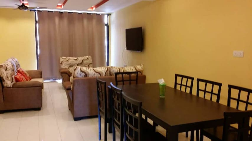 4BR Homestay@Port Dickson, Lukut (Up to 15 pax)
