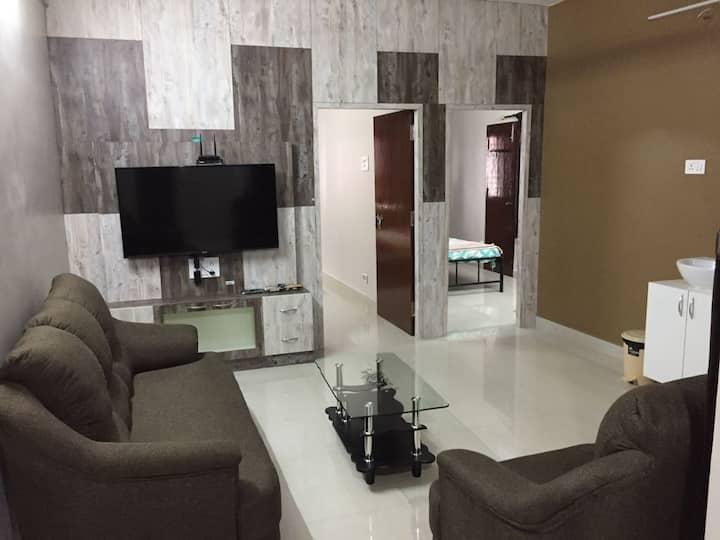 HOME STAY NEAR SIMS/FORUM MALL/KOYAMBEDU