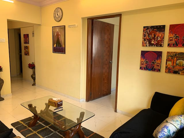 2BHK BANDRA W-Linking RD - SUPERHOST - WIFI TV