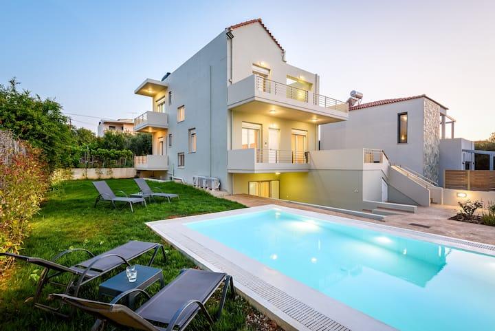 SP Villa Chania