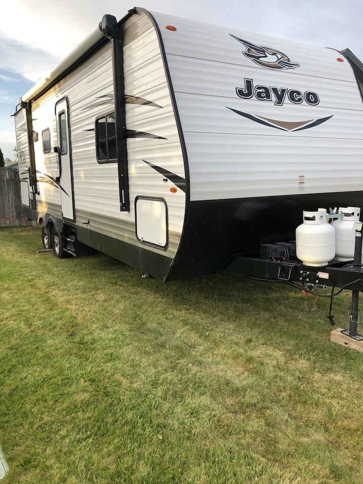 Travel Trailer/RV