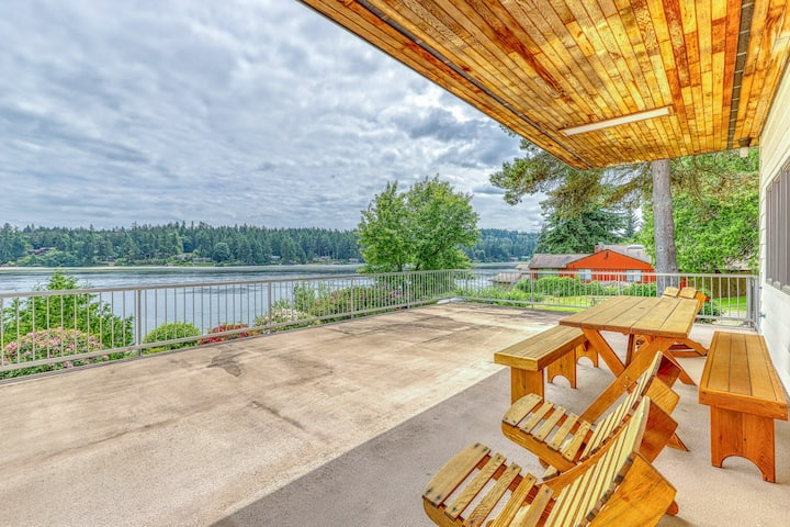 New listing! PING family, waterfront home w/ great views & a private beach