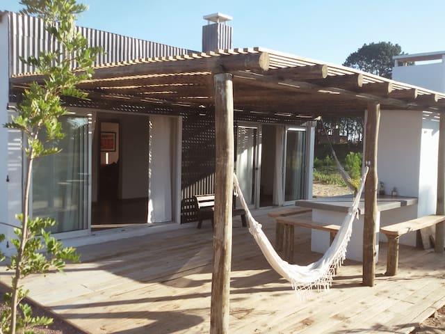 Casa a estrenar en Punta del Diablo - Punta del Diablo - House