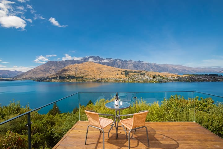 Uninterrupted views of the Remarkables Mountain Ranges and Lake Wakatipu