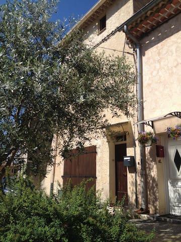 Maison dans le Var au cœur de la Provence Verte