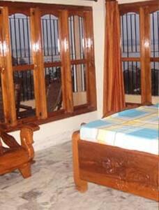 BRAHMAPUTRA HOME STAY - Guwahati - Bed & Breakfast