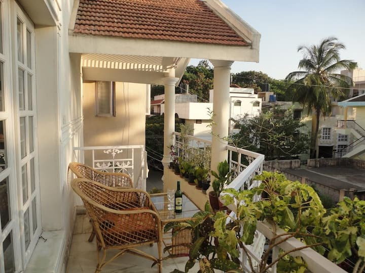MG Road 1-bedroom apartment, Bangalore