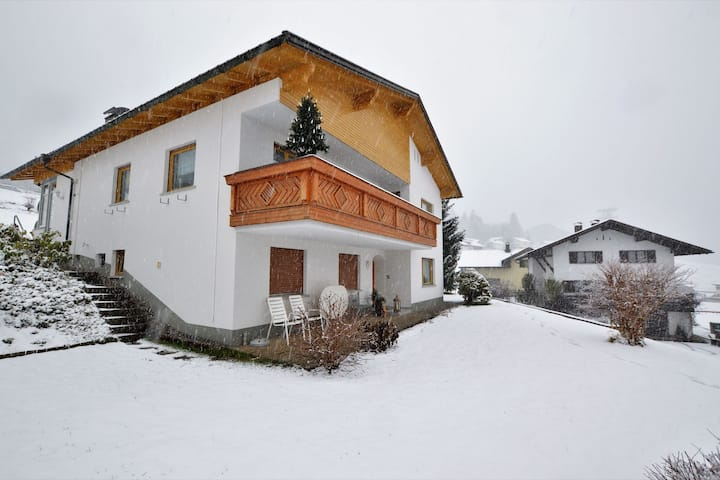 Cosy Apartment in Dalaas with Terrace, Garden & Ski-Storage