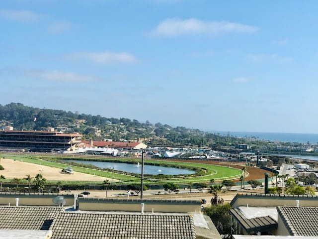 Solana Beach Escape with Ocean/Race Track View