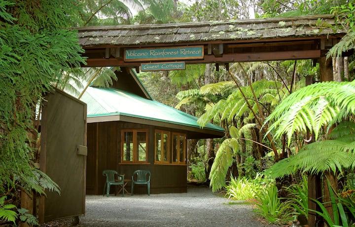 Guest Cottage - Volcano Rainforest Retreat