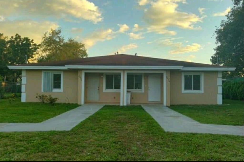 Room For Rent Near Miami Florida