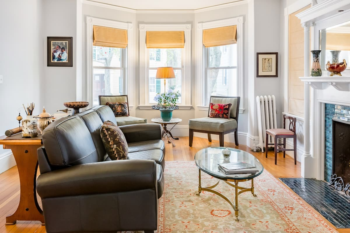 Master Suite Guest Unit in Historical Home