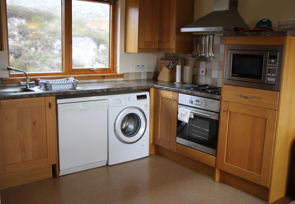 Fully fitted and well-equipped kitchen