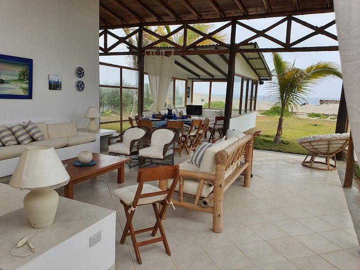 Casa frente al Mar en Vichayito