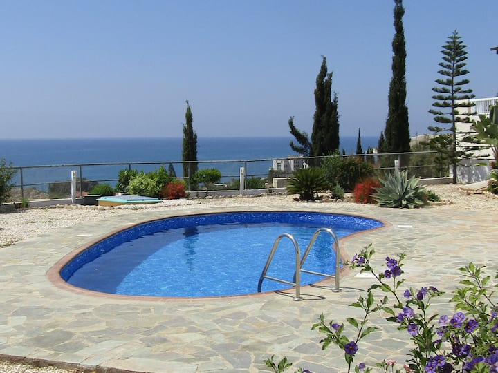Pissouri Bay Villa