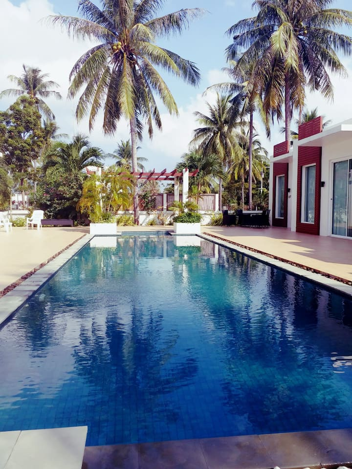 Pool Villa, beautiful beach, exotic lush garden