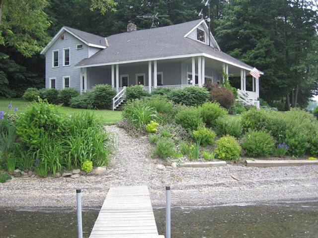 Glenbrook Point House on Owasco Lake - Moravia - Casa