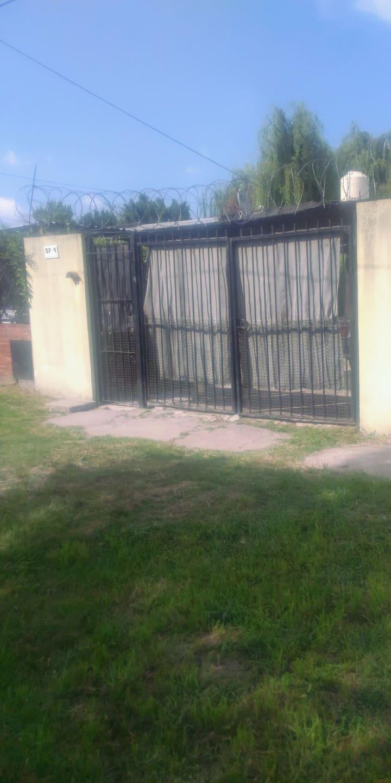 Guillermo Hudson Casa Pequeña con una habitacion
