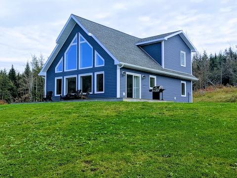 Luxurious Cape Breton Retreat
