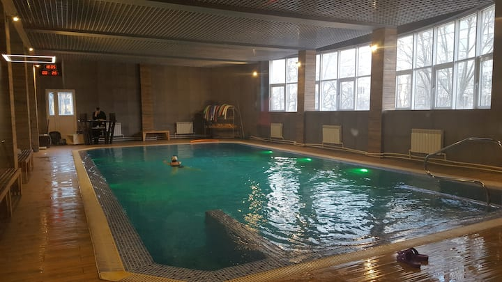 Swimming pool in a cozy house 2@Moscow