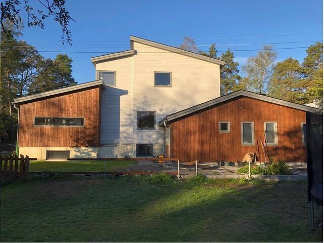 Stort hus i Lidingö Högberga