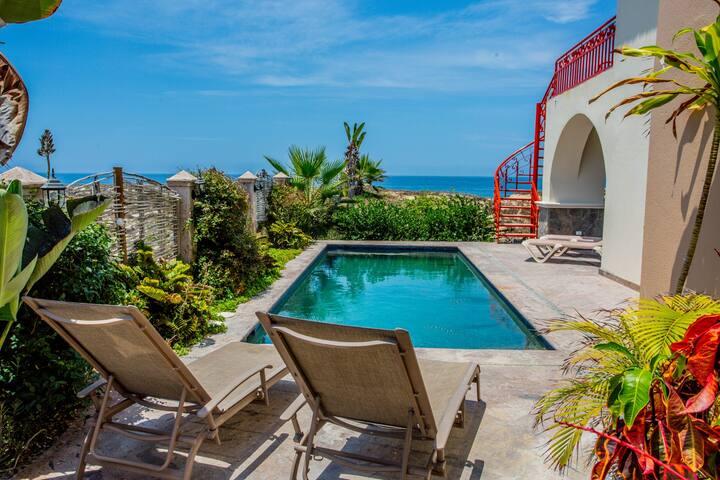 Beach Front Villa Todos Santos 5 Bed Pool! Wifi!