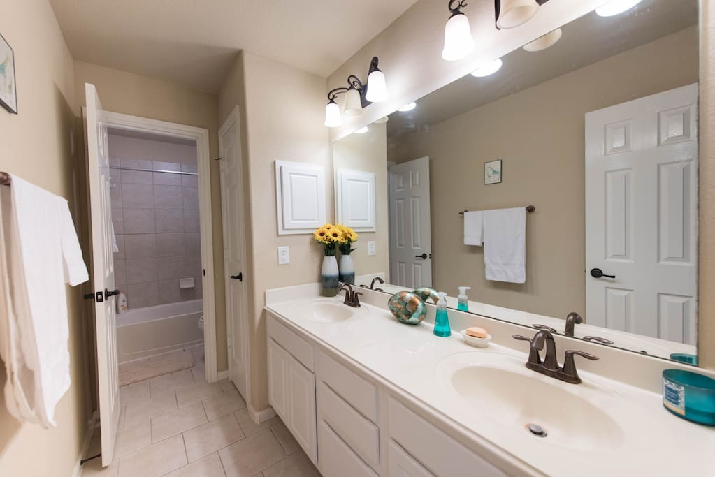 Spacious Double Sink Bathroom