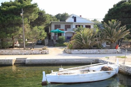 Two bedroom apartment near beach Veli Rat, Dugi otok (A-8129-a) - Veli Rat