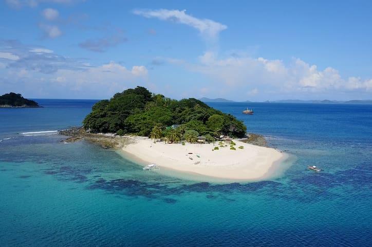 **PRIVATE ISLAND RETREAT** Brother Island, El Nido
